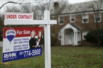 U.S. Pending Home Sales Index Up 0.1% in December
