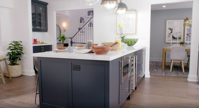 This island brings some beautiful color to the kitchen palette.