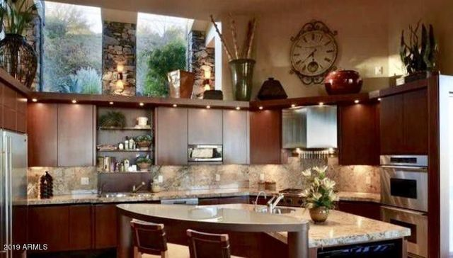 Kitchen in Steven Seagal Scottsdale, AZ home