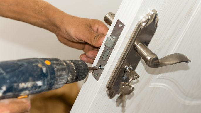 8 Best Home Improvements to Make Right After Moving In