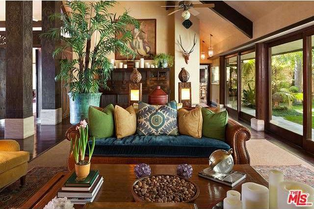 Living Room in the Los Angeles Home of Cheryl Tiegs