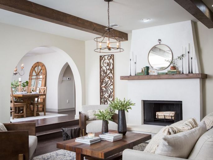 Jo Amps Up The Rustic Italian Influence With Arched Doorways And White Paint Plaster Over