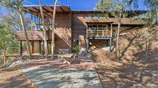 Midcentury Modern Home Designed by Jean G. Killion Shines in Pasadena, CA