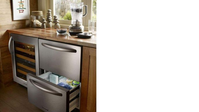 Double-drawer dishwashers clean your wineglasses and dirty pans in different ways.