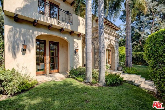 Mansion in Santa Monica, CA