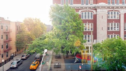Don't Go to the Suburbs! These Urban Neighborhoods Have the Most Top-Rated Schools