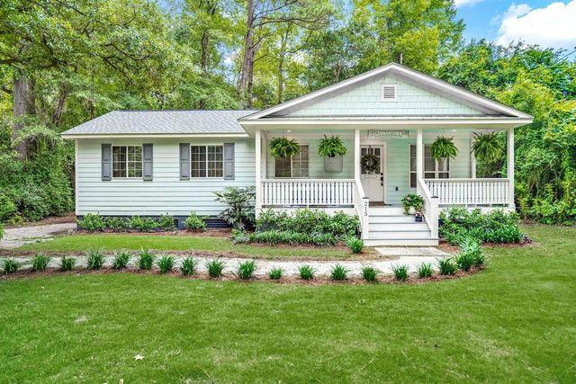 Summerville, SC cottage exterior