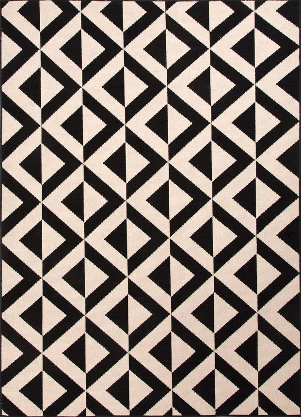 This bold geometric pattern looks fabulous outside.