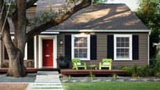 Before You Sell: 8 Curb Appeal Improvements You Need To Fetch Top Dollar