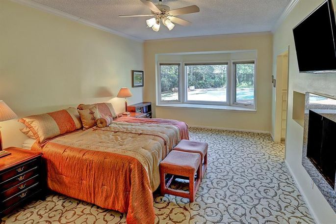 This master bedroom was nothing special.