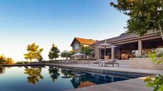 $25.5M Mountaintop Retreat in Napa Is the Pinnacle of Contemporary Style