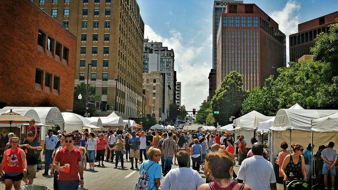 Street market in Omaha