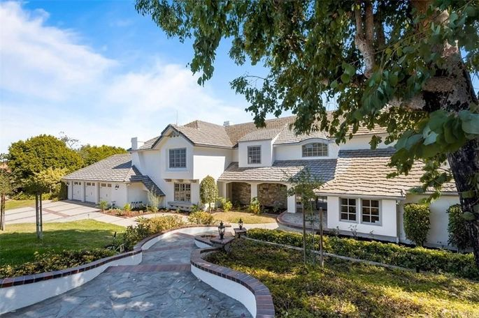 Anaheim Hills, CA