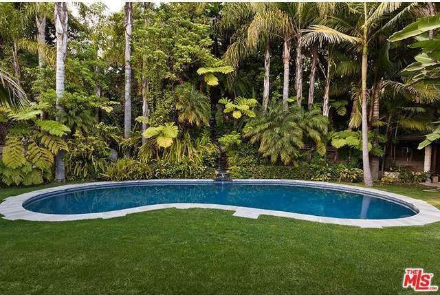 Pool and Backyard at the Los Angeles Home of Cheryl Tiegs