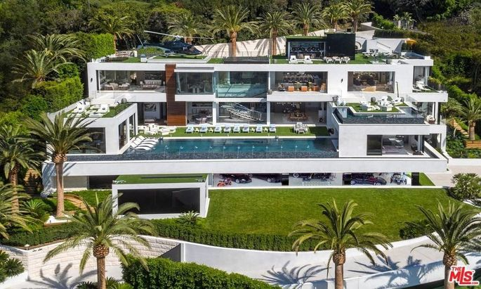 The 38,000-square-foot, $150 million mansion known as Billionaire.