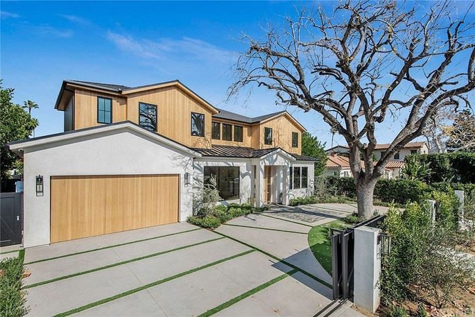 Actor Kevin Zegers' new home in Los Angeles' Studio City