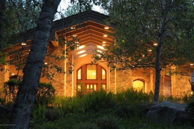 Telecom Mogul John Mccaw Selling Luxurious 14m Lodge In Idaho Realtor Com