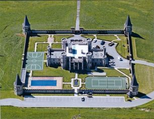 "Castle Bluegrass: Kentucky's ""Palace of Versailles"" Lists for $30M (PHOTOS)"