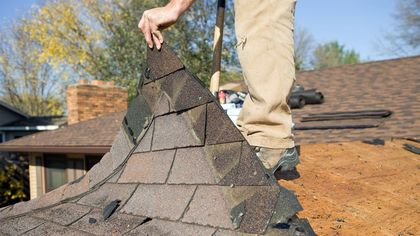 Does My Roof Need to Be Repaired or Replaced? Telltale Signs You Need to Act