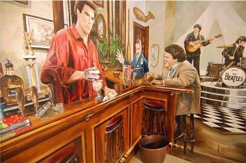 'Cheers' Cast Immortalized in $2.5 Million Home