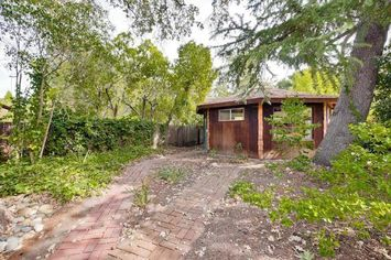 In Silicon Valley, a Nearly $2 Million Shack Is Just a Teardown