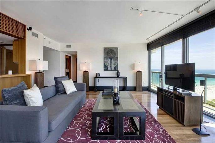 Artist chuck close picks up picturesque miami condo for 3 for W living room miami