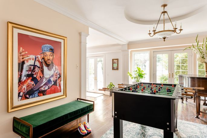 Games for days fill this amazing retro home.
