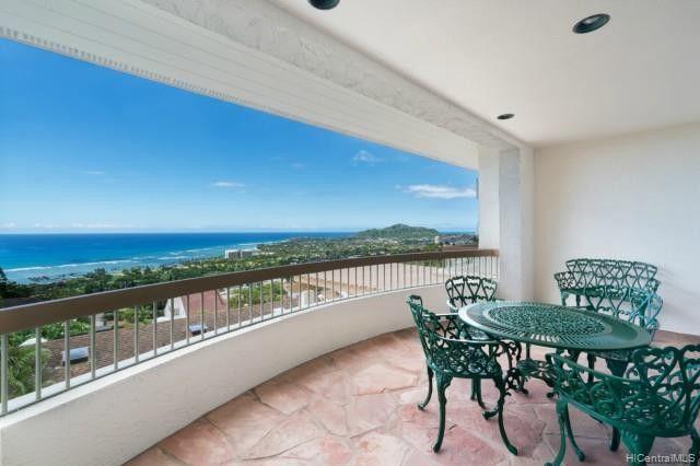Balcony terrace house aloha state