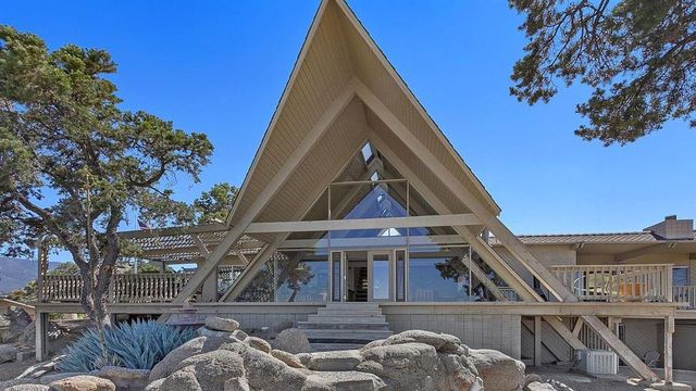 This California A-Frame Might Be the Coolest One We've Seen Yet