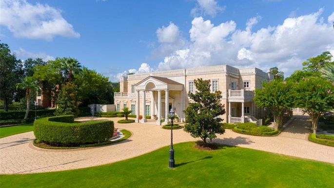At $9.75 Million, America's Most Expensive Foreclosure Is a Massive Houston Mansion