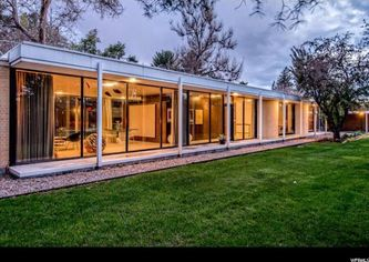 This Mid-Century Modern Classic in Utah Comes With a Private Observatory
