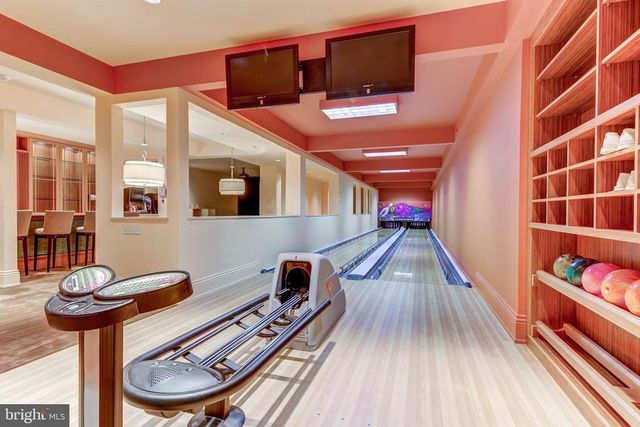 Wilmington DE estate bowling alley