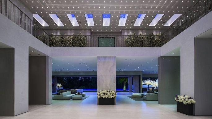 Spectacular interior