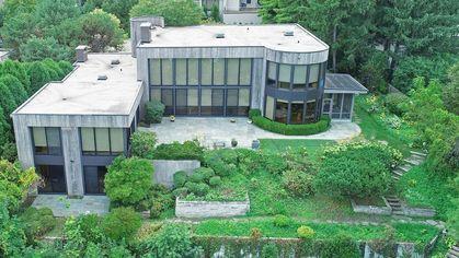 Novelist Scott Turow's Former Illinois Mansion on Lake Michigan Sells for $5.15M