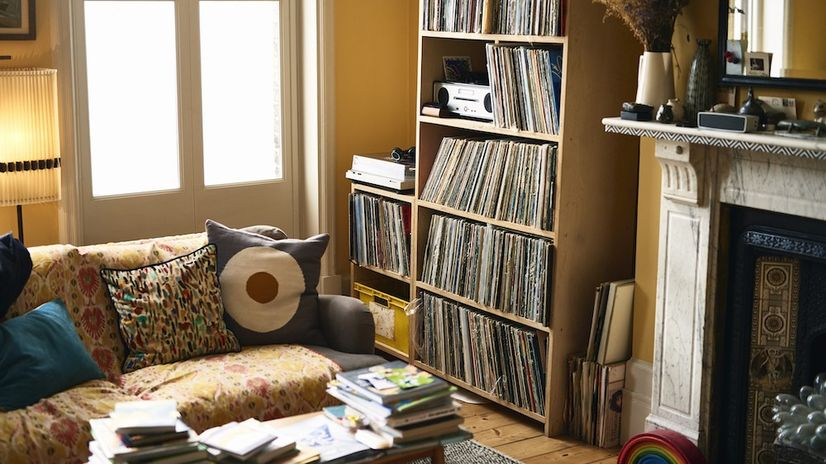 Avoid These 6 Common Mistakes That Make a Room Feel Smaller