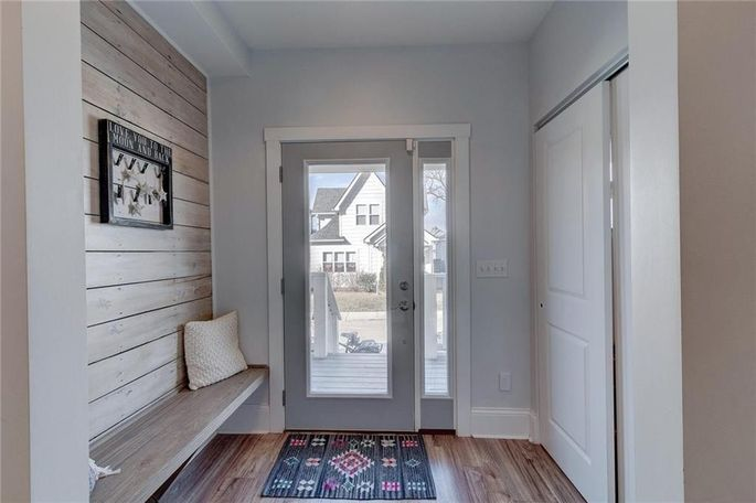 Entryway with built-in bench