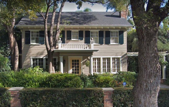 "The house where Laurie baby-sits Tommy in the movie ""Halloween"""