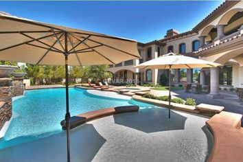 Sooners' Lon Kruger Lists Las Vegas Estate on Eve of March Madness