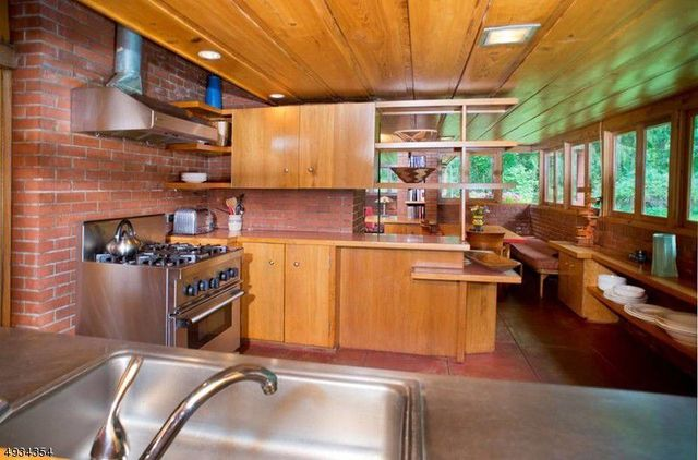 Kitchen in Frank Lloyd Wright house in NJ