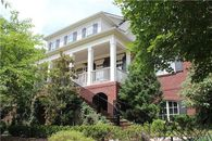 Hey, Vern! 'Ernest' Director Lists Tennessee Home