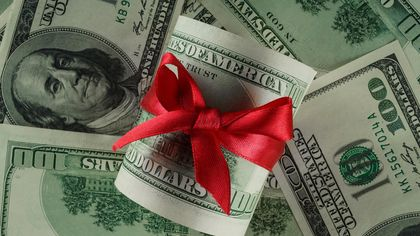 Giving—or Receiving—a Down Payment Gift? Here Are the Tax Consequences