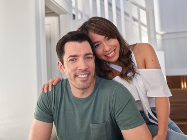Drew S Honeymoon House The Property Brothers New Series Realtor