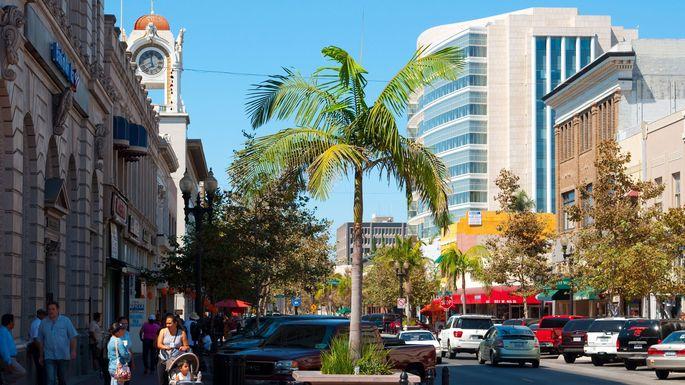 Santa Ana, CA
