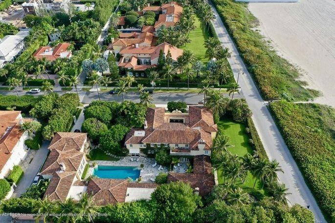 Mediterranean estate in Palm Beach, FL