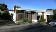 Office Unique: Richard & Dion Neutra Workspace For Rent in LA (PHOTOS)