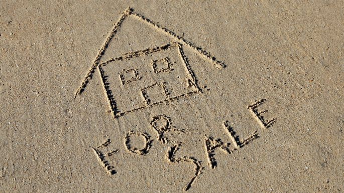 Selling a Vacation Home? Plan for Capital Gains Taxes