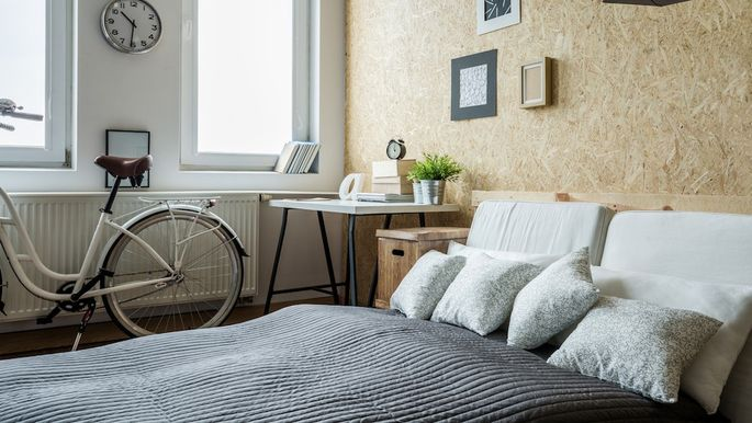 Small Bedroom Solutions: 8 Decorating Tips | realtor.com®
