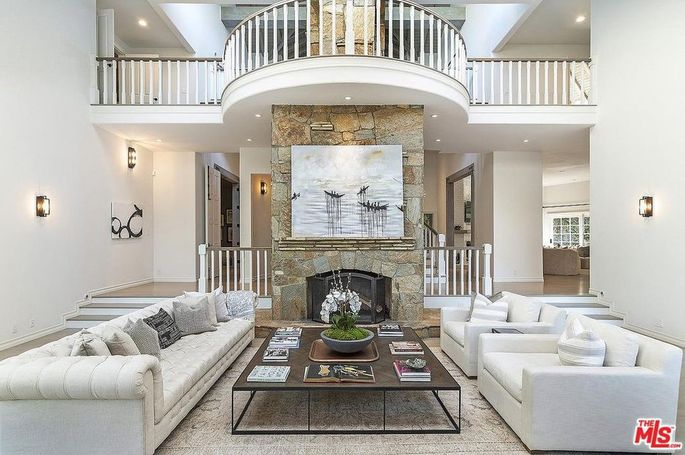 Two-story fireplace