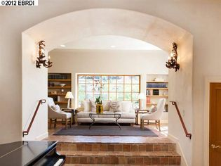 Oakland A's Manager Bob Melvin Buys Home in Berkeley