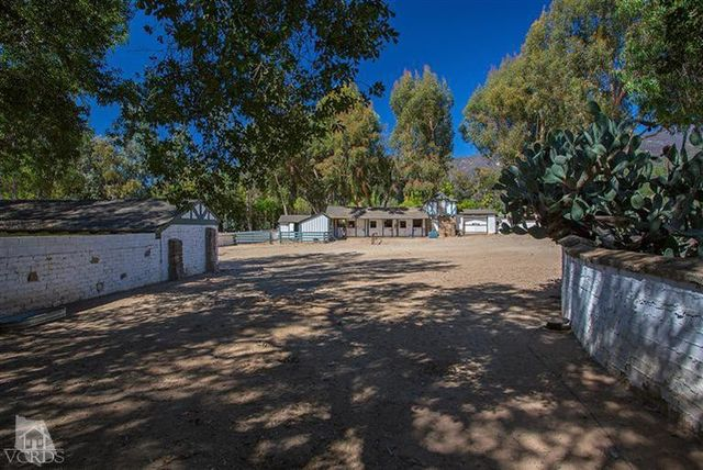 reese-witherspoon-sells-ojai-ranch-5